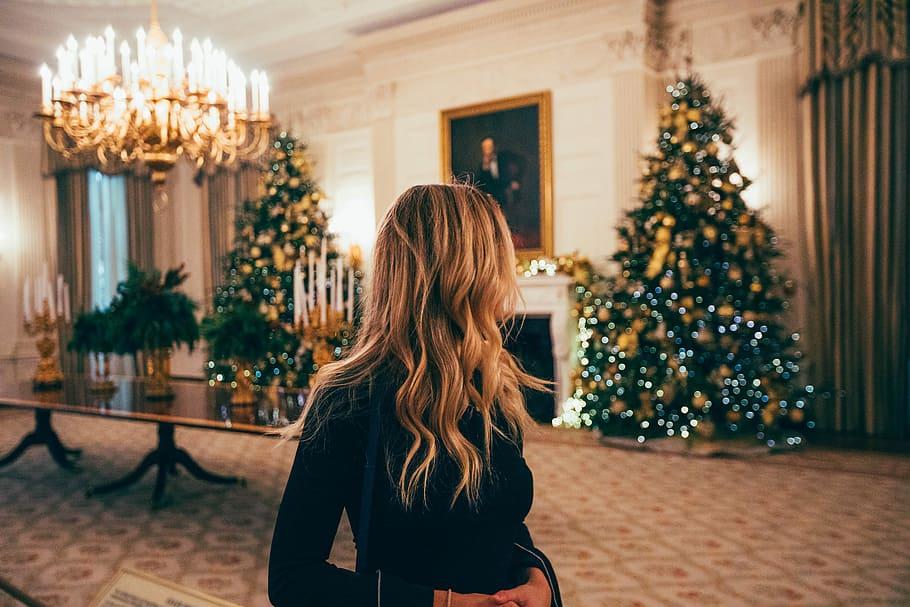 couples Christmas tradition AnastasiaDate