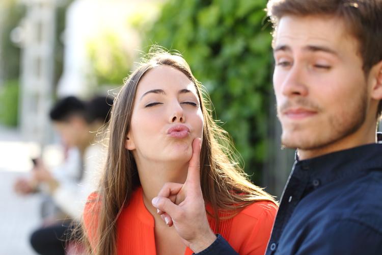 Psychological Tricks To Make Her Like You | Anastasia Date