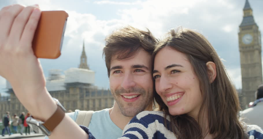 Differences Between UK Dating & US Dating | Anastasia Date