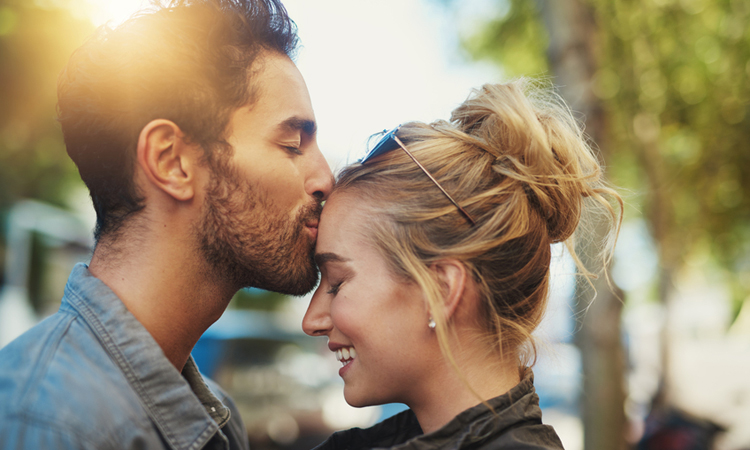 The Worst Dating Trend Has Been Named Mosting | Anastasia Date