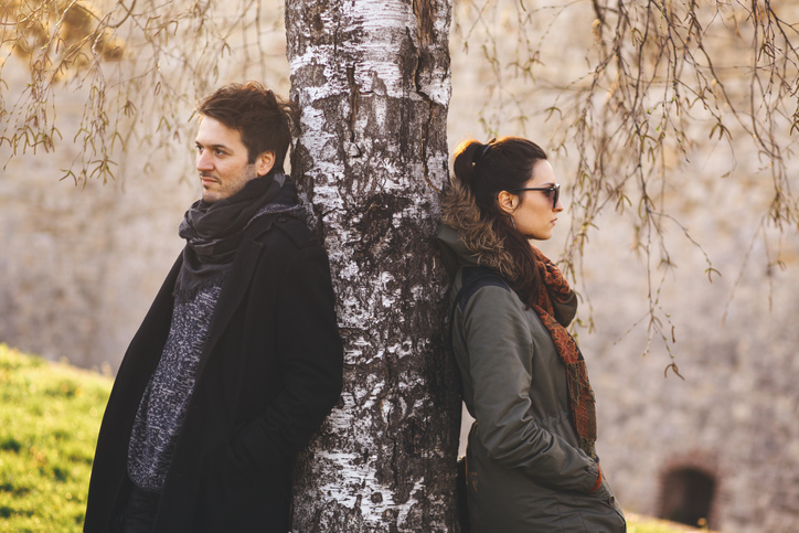 Subtle Hints That Say Your Relationship Is Slowly Going Down The Drain | Anastasia CO